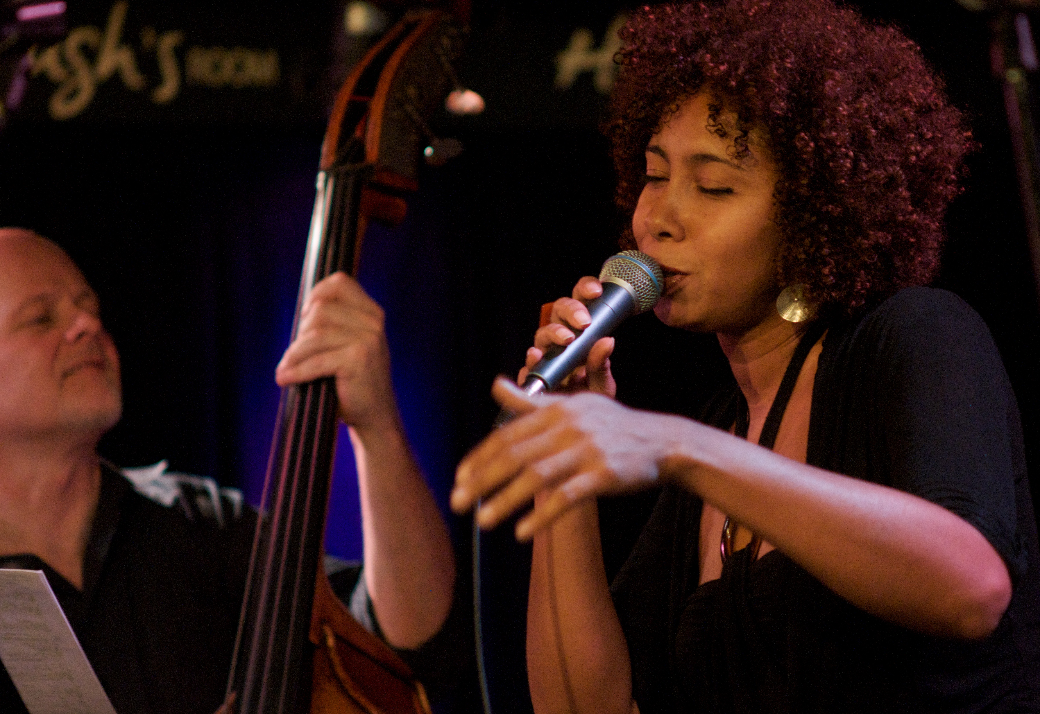 Sinal Aberto @ World Jazz for Haiti. Pic by Lisa Silverman