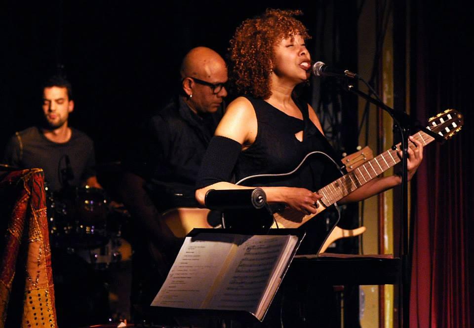 Luanda Jones trio with Ian de Souza and Marito Marques